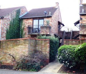 Maiden Place, Lower Earley